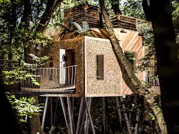 100 Tree House Studio Wood Mallinson Ltd And BEaM Come Together To Create A House In