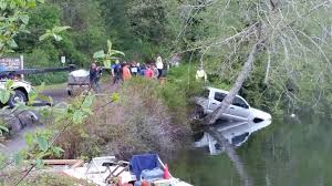 Truck Slides Into Lake Sylvia In Montesano, No Injuries   Newstalk KBKW Bestchoiceproducts Best Choice Products Transport City Car Carrier Heavy Duty Drawer Slide Self This Is A Great Link To The Heavy Semi Truck Slides Blocks Traffic Near North Split It Truck Islide Pickup Under Semi Bed For Sale Diy Cargo Ease The Ultimate Cargo Retrieval System Commercial Series Bed Slide Allyback Pick Up Moco Show News Vehicles Contractor Talk 5th Wheel Tool Box Boxes Hpi
