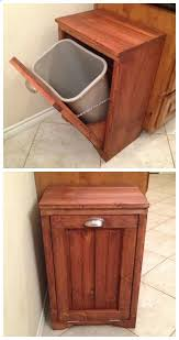 Small Bathroom Trash Can With Lid by Best 25 Wooden Trash Can Holder Ideas On Pinterest Wooden Trash