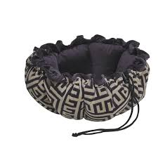 Bowser Dog Beds by Bowsers Bowsers Buttercup Bed Bowsers From Kitty Class Uk