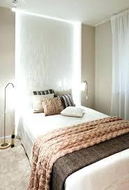 tapisserie chambre fille couleur tapisserie chambre decoration papier peint chambre deco