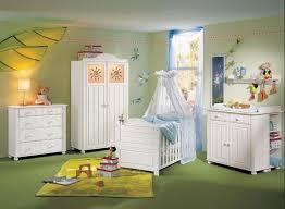 couleur peinture chambre bébé chambre bébé fille en nuances de vert inspirantes