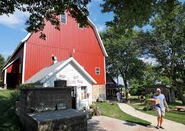 Why Pizza Farms Are A Summer Sensation – And 5 You Must Try Near ... Food And Beverage In St Cloud Mn Times Cruise Junk This Way Route For Shopping Bonanza Princeton Boysbb Princetonboysbb Twitter Godfathers Pizza A You Cant Refuse Buffy Mcgraw Buffy_mcgraw The Nelson Stone Barn Experience Home Public Schools District 477 Minnesota Kim Young Kimmyyoung05