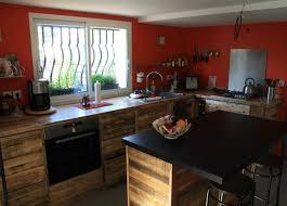 meuble cuisine palette ilot de cuisine en bois de palette mzaol com