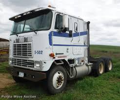 100 Commercial Truck Auctions 1996 International 9600 Semi Truck Item DB3954 SOLD Jun