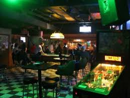Flips Patio Grill Drink Specials by Inexpensive Bars In Fort Worth On A Budget Cbs Dallas Fort Worth