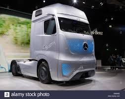 Mercedes Benz Future Truck FT 2025 At The 65th IAA Commercial ... Future Trucks What A Concept Otr Pro Trucker Wheelies The Truck Edition New York Times Mercedesbenz 2025 Is A Technological Marvel Rendering 2016 G63 Amg Black Series 4 Back To The Toyota Tacoma Travels 1985 Iveco Ztruck Shows Future Iepieleaks Ft Process Of Development Selfdriving Car X Project Portal Imagines Fuel Cellpowered Semi Truck G Rex Futuristic Design Futurism 62 Images