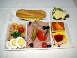 repas bureau plateaux repas à domicile à brest 29 bretagne plateaux livrés