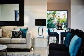 modernes wohnzimmer mit sofas bild kaufen 11288248