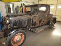 Hot Rods - 1932 5 Window Barn Find....WOW! | The H.A.M.B. Barn Finds Buried Tasure Coming In The September 2017 Hot Rod Chevrolet 1952 Chevy Truck Rat Rod Hot Barn Find Project 1961 Corvette Sees Light Of Day After 50 Years Network Patina Doesnt Begin To Describe Finish On This Barnfind 1932 The Builds Tishredding Performance A 1972 Bearcat Beater 1918 Stutz Httpbnfindscombearcat 1948 Convertible Woody Find Three Rodapproved Projects Under 5000 Oldschool Rods Built Onecar Garage Mix Of Old And New 1934 Ford 5 Window