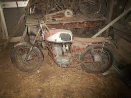 Barn Find #2 Unknown Motorcycle SOLVED | Collectors Weekly Somerset Barn Find Cyclechat Cycling Forum Hazel Home Art And Antiques Wsau Wisconsin Results 2015 25 Best Images About Farmhouse On Pinterest Bring Home A Vintage Barn Find Racing Runabout Hidden For 40 White Owl Antique Mall Mt Pleasant Nc The Baillon Cars Chic Austin 50 State Quilt Block Series By Susan Davis Owner Of Olde American Motorcycles Vehicles Ebay Old Chaise Lounge Chair California Flying Moose Wichita Kansas Town Automobile Quality Muscle Classic Sale