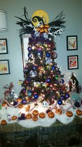 Type Of Christmas Tree Decorations by Best 25 Nightmare Before Christmas Tree Ideas On Pinterest