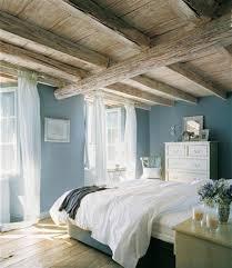 chambre ambiance chambre à coucher idée peinture chambre adulte plafond rustique