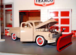 1950 STUDEBAKER PLOW Pickup Truck Limited Edition 1/64 M2