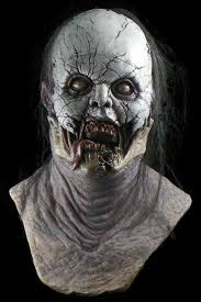 Spirit Halloween Animatronic Mask by 126 Best Masks Images On Pinterest Halloween Masks Halloween