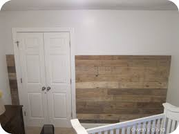 Heres What The Pallet Wall Looked Like Before Whitewash Especially If I Could Add In Some Faded Colored Boards She Took Small Section On Other