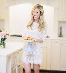 Blogger Spotlight! Amanda Gluck Of Fashionable Hostess Womens Lace Weddingguest Drses Nordstrom Home Whbm Best 25 Print I 94 Ideas On Pinterest Two Word Phrases Dress Barn In Seven Corners Center Store Location Hours Falls Stores Archives Green Oak Village Place Archive Northglenn Marketplace List Short Complete List Of Located At Arizona Mills A Shopping Wedding Guide The Ultimate Planning Resource 2017 Venuelust