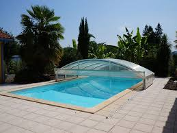 villa contemporaine avec 6 chambres et piscine proche de pau et de