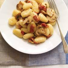 Pumpkin Gnocchi Recipe Nz by Creamy Cheese Gnocchi With Mushrooms And Bacon Ricardo