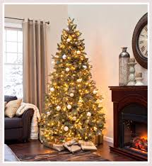 Pine Cone Christmas Tree Decorations by Luxurious Christmas Tree Decorations With Sparkling Colorful