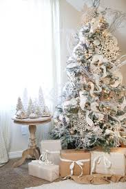 Flocked Christmas Trees Uk by Part 1 How To Decorate Your Christmas Tree With Ornaments And