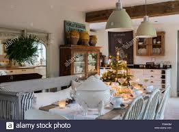 vintage französische holz schild über aga in küche esszimmer