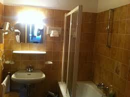 altmodisches badezimmer biohotel leutascherhof leutasch