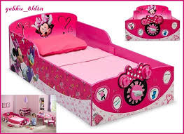 Minnie Mouse Bedroom Accessories by 25 Unique Minnie Mouse Bedding Ideas On Pinterest Minnie Mouse