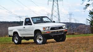 1991 Toyota Pickup | Car Review - YouTube