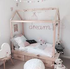 15 DIY Creative House Bed For Kids Room