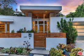 104 Beverly Hills Houses For Sale With Swimming Pool Homes In Ca Realtor Com
