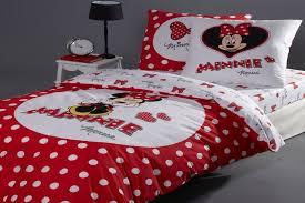 chambre minnie des chambres à coucher minnie mouse pour fille bébé et décoration