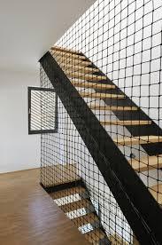 filet de sécurité pour enfants ou bébés dans les escaliers ou