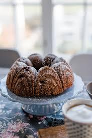 bester schokoladen kirschkuchen zum sonntagskaffee