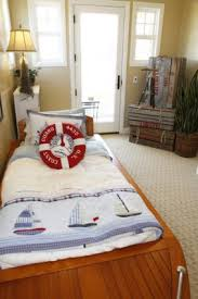 Decorating Ideas for a Nautical Bedroom