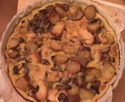 cuisiner des restes de poulet tarte au poulet et pommes de terre restes de poulet recette de