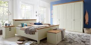 schlafzimmer 4teilig kiefer chagner lackiert eiche geölt bett 180x200 42 cm hoch kleiderschrank 4trg 214x228x63cm 2 nachtkonsolen casade mobila