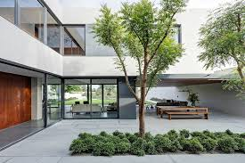 100 Modern Homes With Courtyards Steel Concrete And Stone Home With Central Courtyard