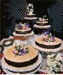 Cakes Decorated With Fruit by Cake Decorating Tips Chocolate 7 Layer Wedding Cake Decorating