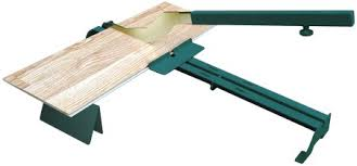 Cut Laminate Flooring With Miter Saw by Giant Laminate Floor Cutting Scissors Toolmonger