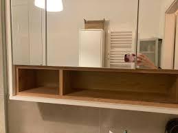moderner badezimmer spiegelschrank mit led beleuchtung