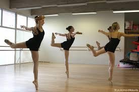 tenue de danse moderne l atelier de la danse en tenue de gala actu fr