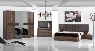 une chambre a coucher meuble moderne chambre a coucher idées de décoration capreol us