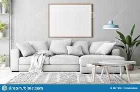 scheinbares hohes plakat im wohnzimmer skandinavische