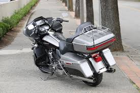 Harley Davidson Light Fixtures by 2017 Harley Davidson Road Glide Ultra Review 107 First Ride