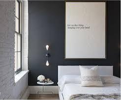 leuchtend grau stylistin gestaltet schlafzimmer
