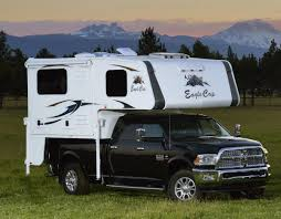 Eagle Cap Luxury Truck Camper Model 850