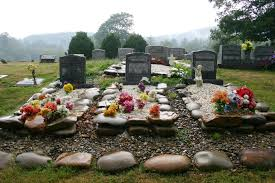 ideas for graveside decorations cemetery decoration ideas iron