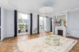100 Saint Germain Apartments Chic Apartment Hotelroomsearchnet