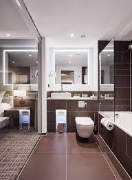 dieses hotel badezimmer lädt zum verweilen ein modern